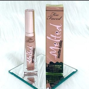 Too Faced Melted Matte-tallic in Pillow Talk